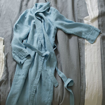 orcia cloud bath robe