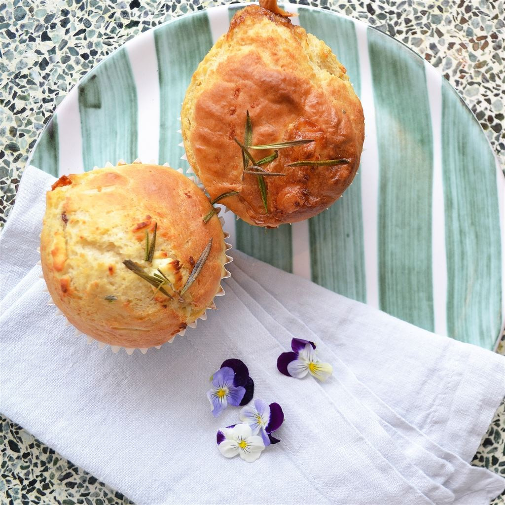 Cheese and spinach muffin recipe