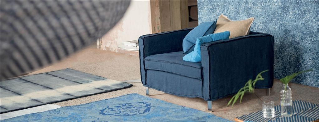 Quadro Loose Wide Chair | Designers Guild