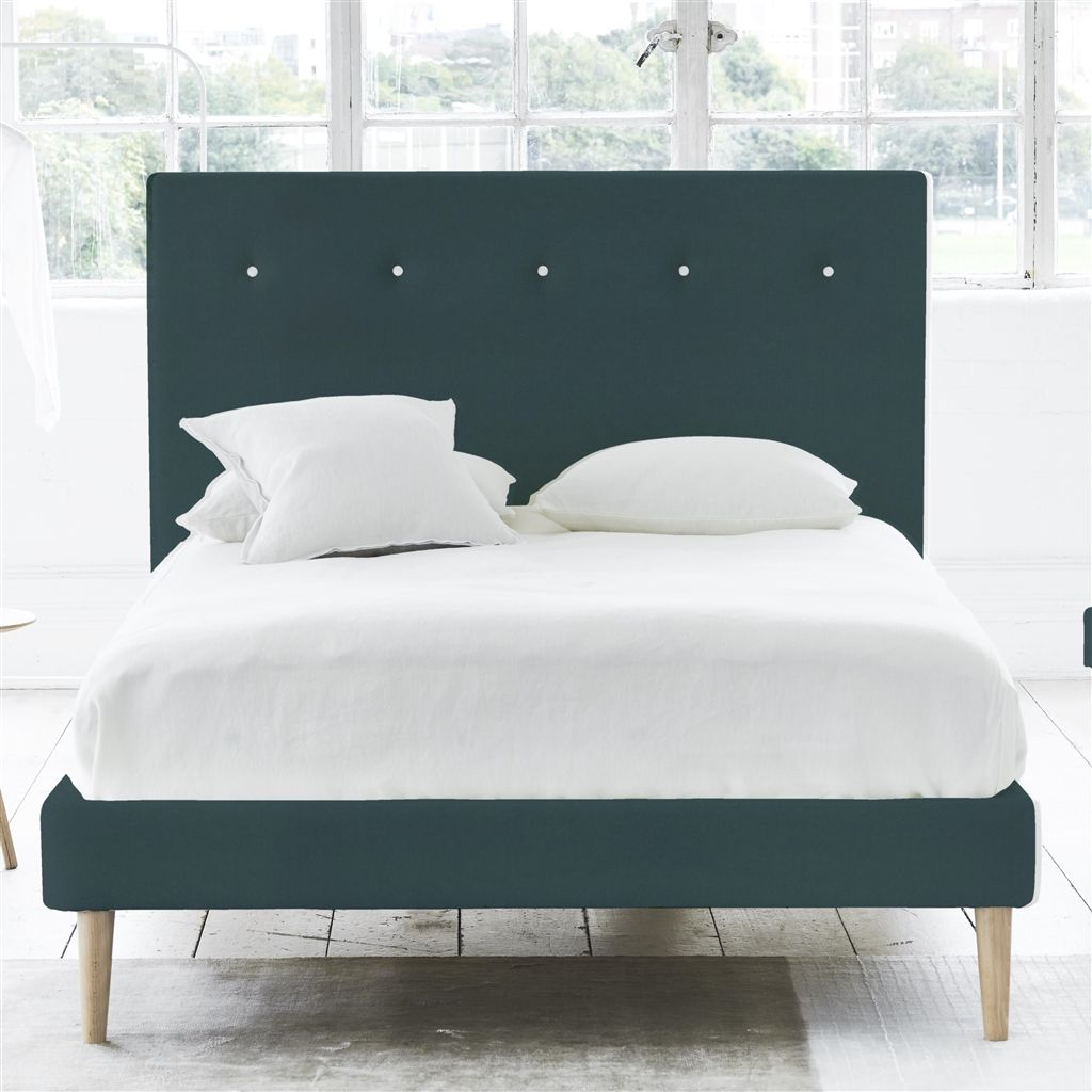 POLKA BED WHITE BUTTONS - SUPERKING - BEECH LEG - CASSIA KINGFISHER