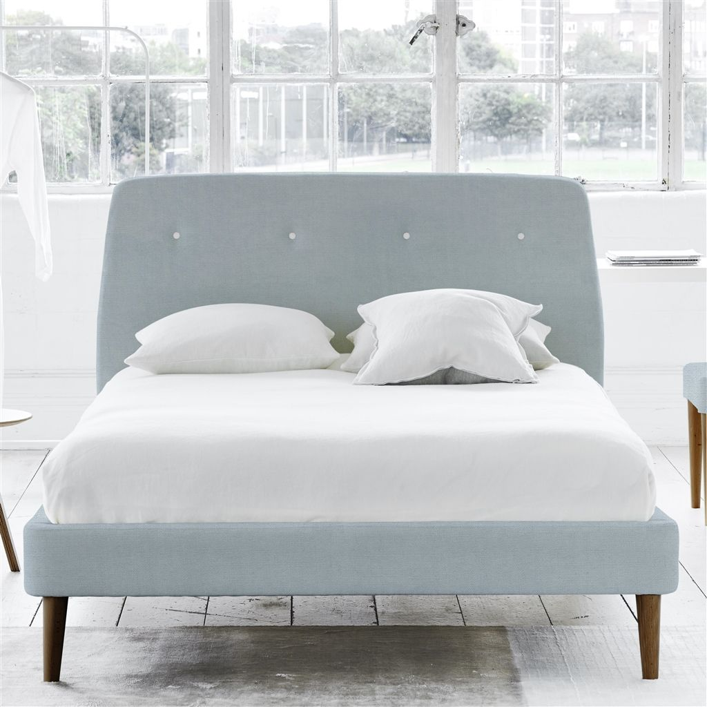 COSMO BED WHITE BUTTONS - KING - WALNUT LEG - BRERA LINO DUCK EGG