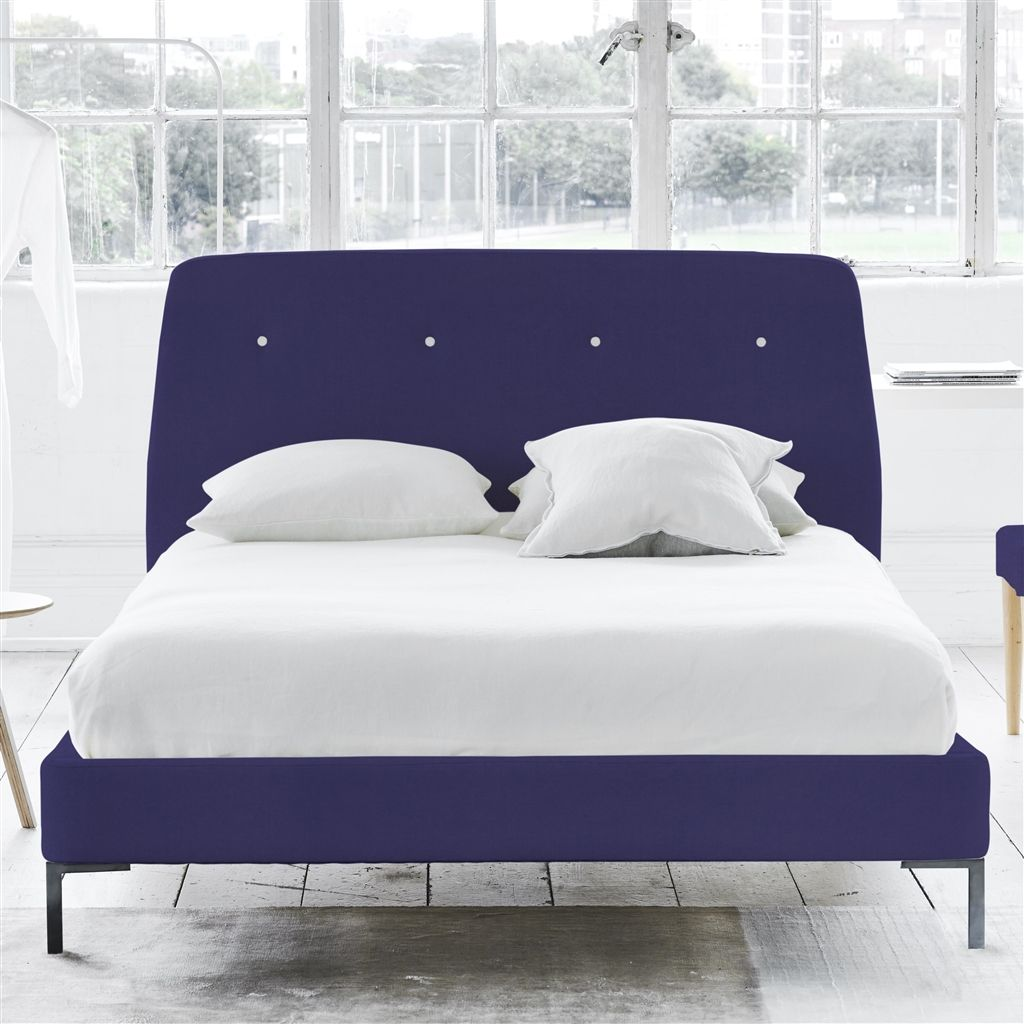 COSMO BED WHITE BUTTONS - SUPERKING - METAL LEG - CASSIA DEWBERRY