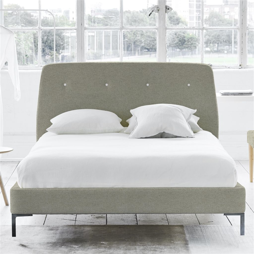 COSMO BED WHITE BUTTONS - KING - METAL LEG - CHEVIOT PEBBLE