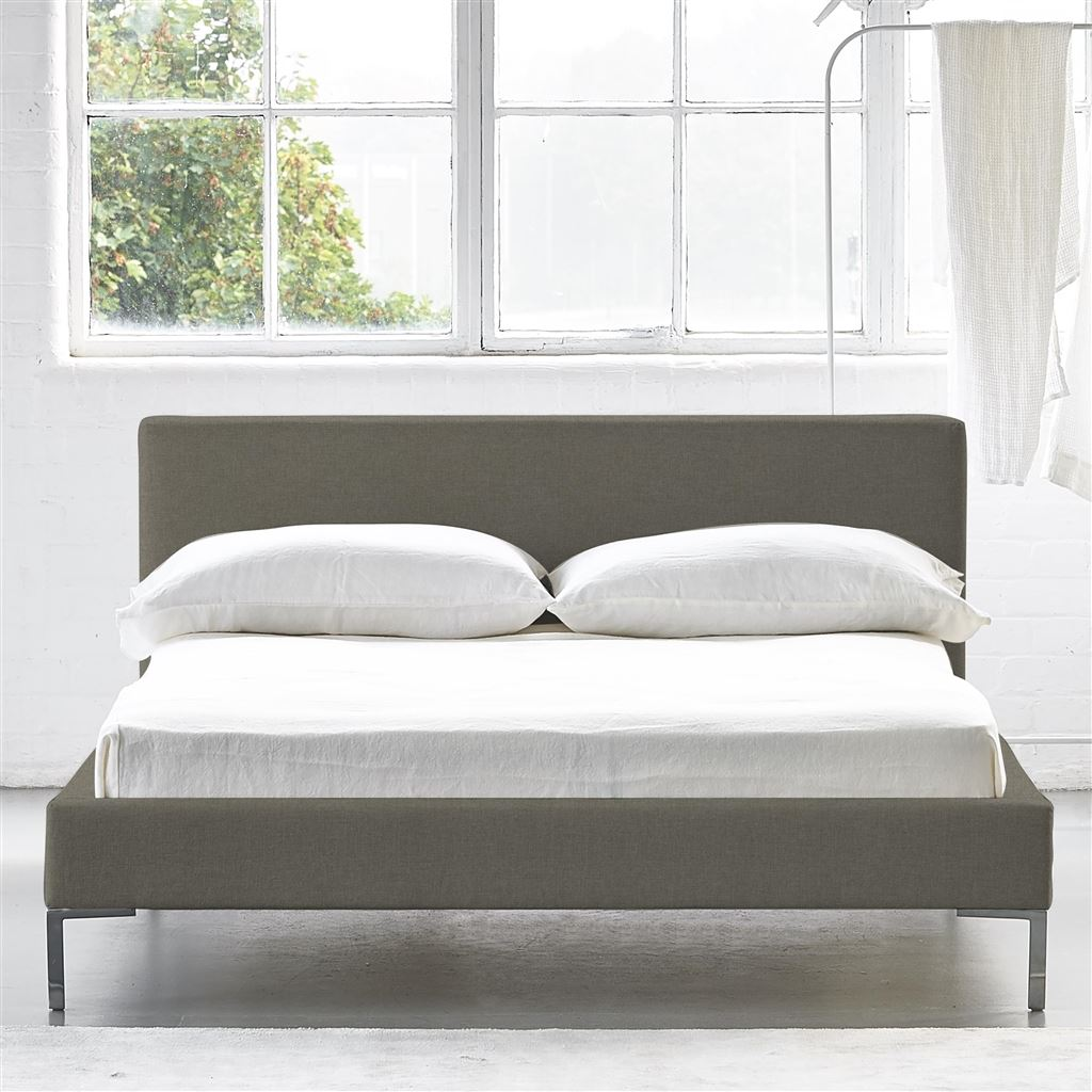 SQUARE BED LOW - KING - METAL LEG ROTHESAY - PUMICE