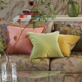 Varese Buttermilk Kissen | Designers Guild