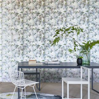 Peonia Ivory Wallpaper | Designers Guild