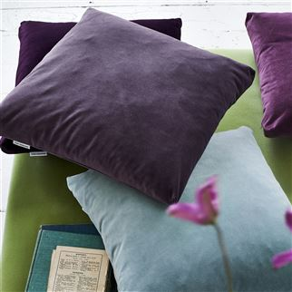Velluto Cassis Fabric | Designers Guild Essentials