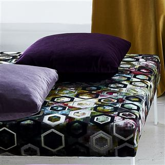 Velluto Grape Fabric | Designers Guild Essentials