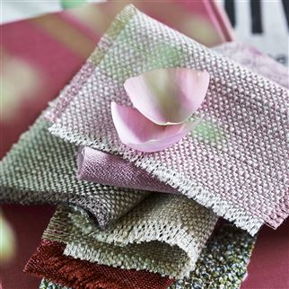Skye Blossom Fabric | Designers Guild Essentials
