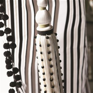 CORDONI TIE-BACK - BLACK AND WHITE