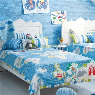 crayon - cobalt wallpaper | Designers Guild Kids