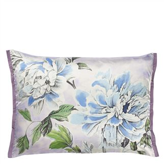 Kaori Lilac Throw Pillow