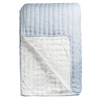 Chenevard Sky & Chalk Quilt & Pillowcases