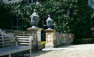 Signature Ashdown Manor Stoffe