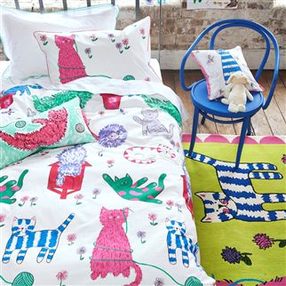 Curious Cats Peony Kids Bed Linen