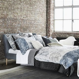 Damasco Graphite Bedding