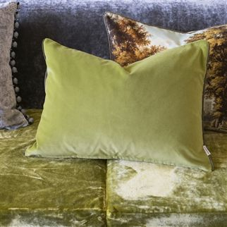 velveto - peridot fabric | Royal Collection