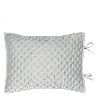 NIrala Dove Quilted Cushion Quilt