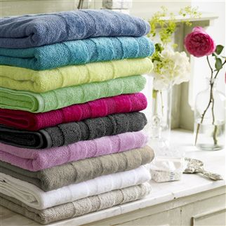 Coniston Peony Towels | Designers Guild