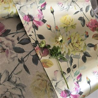 Couture Rose Fuchsia Wallpaper | Designers Guild