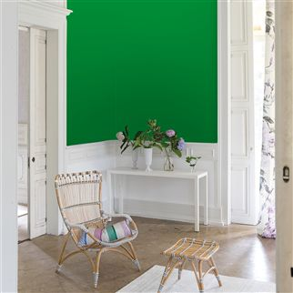 Emerald No. 92 Paint | Designers Guild