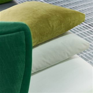 Trentino Emerald Fabric | Designers Guild Essentials
