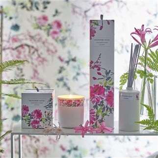 Chinoiserie Flower Lily And Vanilla Candle | Designers Guild