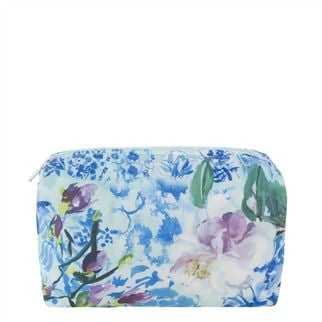 Majolica Cornflower Medium Toiletry Bag