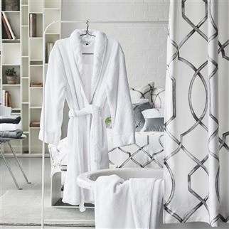 Spa Alabaster Bath Robe | Designers Guild
