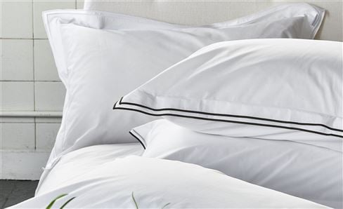 BED SHEETS & PILLOWCASES