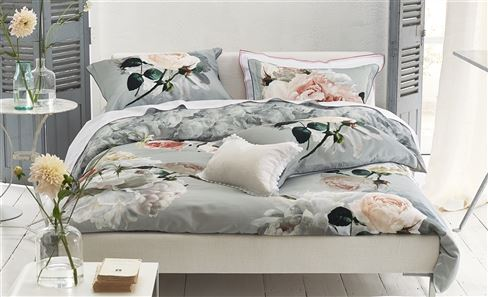 PATTERNED BED LINEN