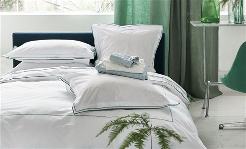 BED LINEN & DUVET COVERS
