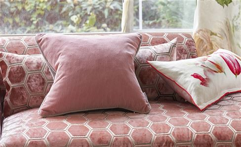 PINK & MAUVE DECORATIVE PILLOWS