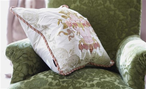 ROYAL COLLECTION CUSHIONS