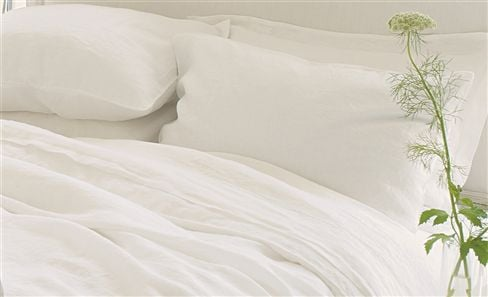WHITE COLLECTION BED LINEN