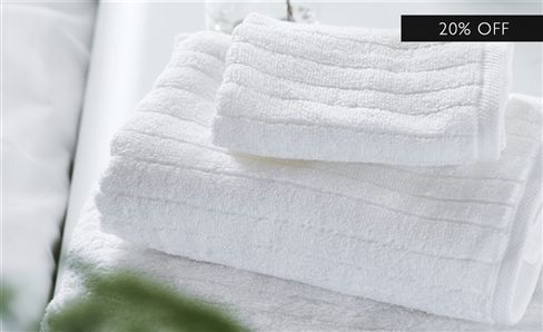 WHITE COLLECTION TOWELS