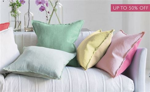 SALE PLAIN & TEXTURED CUSHIONS