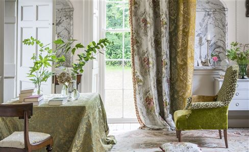 ROYAL COLLECTION FABRICS