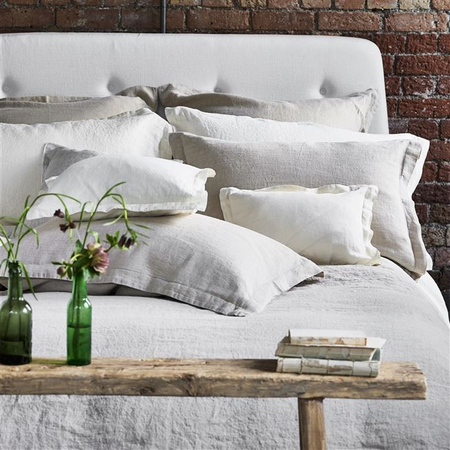 Biella Ivory Plain Natural Linen Bedding | Designers Guild