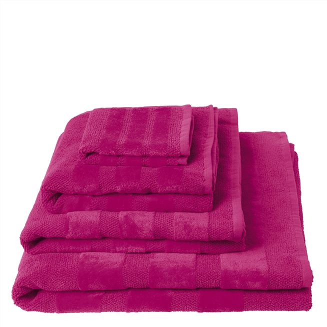 Coniston Fuchsia Bath Sheet