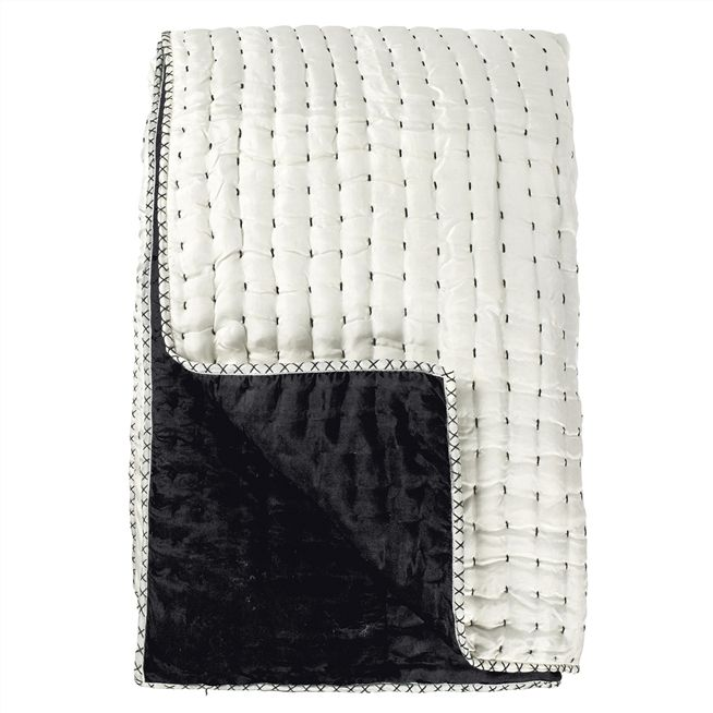 Chenevard Black & White Large Quilt