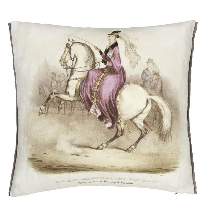 QUEEN VICTORIA LILAC CUSHION 40X40 CM