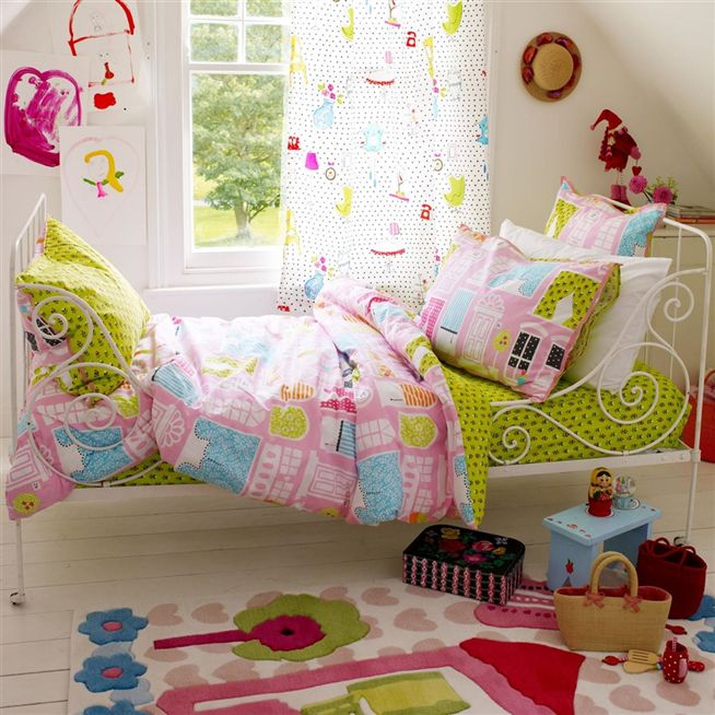 dolls house bed linen 2