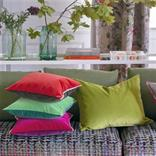 UP TO 60% OFF CUSHIONS