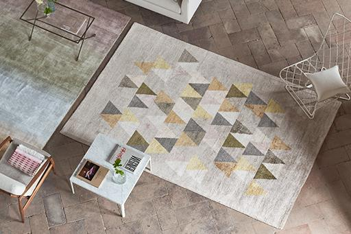 NEW RUGS COLLECTION >