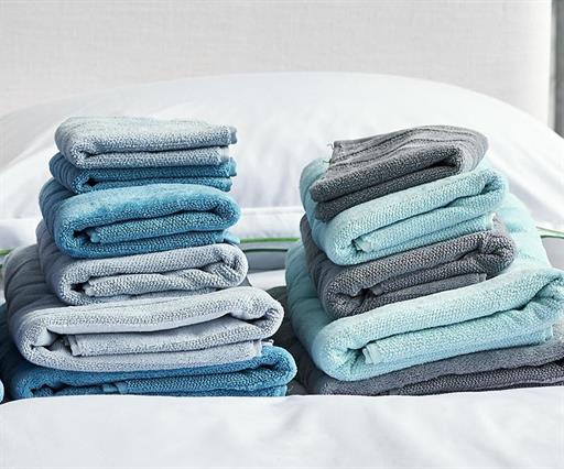 TOWELS - UP TO 50% OFF >